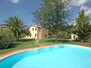 2 bedroom Villa in La California, Tuscany, Italy : ref 1040001 - Bibbona vacation rentals