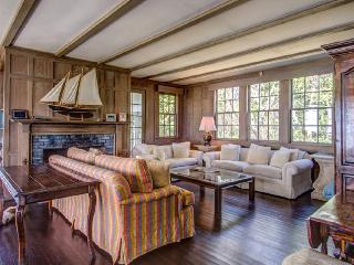Charming 6 bedroom Osterville House with Internet Access - Osterville vacation rentals