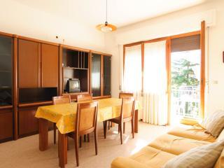 Casa singola in zona tranquilla - Roseto Degli Abruzzi vacation rentals