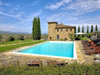 8 bedroom Villa in Bucine, Chianti, Tuscany, Italy : ref 1538001 - Bucine vacation rentals