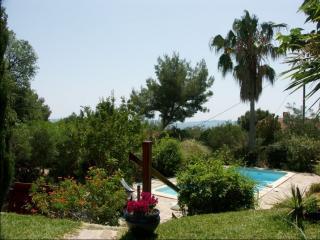 Villa provençale avec piscine vue mer proche plage - Le Lavandou vacation rentals