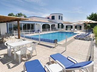 5 bedroom Villa in Boliqueime, Vilamoura, Algarve, Portugal : ref 1717027 - Boliqueime vacation rentals