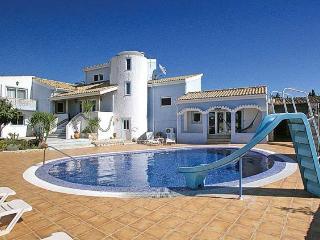 6 bedroom Villa in Carvoeiro, Algarve, Portugal : ref 1717038 - Carvoeiro vacation rentals