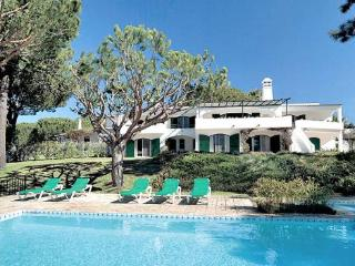6 bedroom Villa in Dunas Douradas, Vale Do Lobo, Central Algarve, Portugal - Vale do Garrao vacation rentals