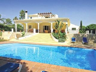 6 bedroom Villa in Quinta Do Lago, Vilamoura, Central Algarve, Portugal : ref - Vale do Garrao vacation rentals