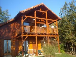3 bedroom Villa in Souillac, Dordogne, France : ref 1718905 - Souillac vacation rentals