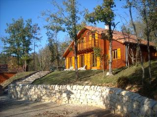 Lovely 3 bedroom Souillac Villa with Internet Access - Souillac vacation rentals