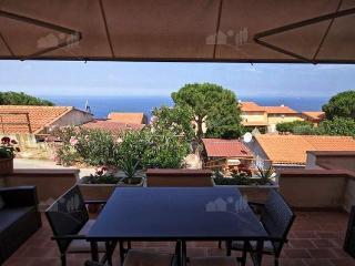 Grazioso appartamento Bilocale vista mare - Marciana Marina vacation rentals