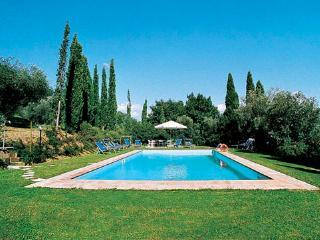 5 bedroom Villa in San Ginese, Tuscany, Italy : ref 1719135 - San Ginese vacation rentals