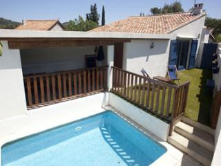 4 bedroom Villa in Cascastel, Languedoc, France : ref 2000004 - Saint-Jean-de-Barrou vacation rentals