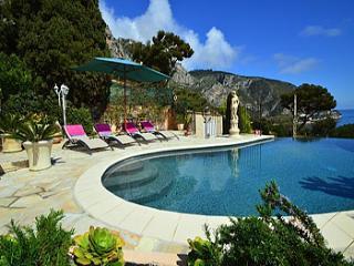 4 bedroom Villa in Eze-sur-Mer, Eze, France : ref 2000040 - Eze vacation rentals