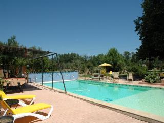 7 bedroom Villa in Beziers, Languedoc, France : ref 2000053 - Béziers vacation rentals