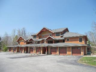 P001A- Managed by Loon Reservation Service - NH Meals & Rooms Lic# 056365 - Lincoln vacation rentals