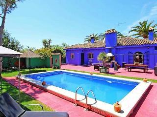4 bedroom Villa in Chiclana de la frontera, Costa de la Luz, Spain : ref 2007835 - Chiclana de la Frontera vacation rentals