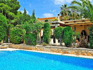 Comfortable 5 bedroom Villa in La Llobella - La Llobella vacation rentals