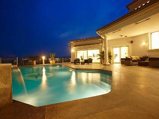 4 bedroom Villa in Moraira, Costa Blanca, Spain : ref 2008127 - Benitachell vacation rentals