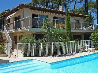 4 bedroom Villa in Lacanau   Lac, Gironde, France : ref 2008166 - Lacanau-Ocean vacation rentals