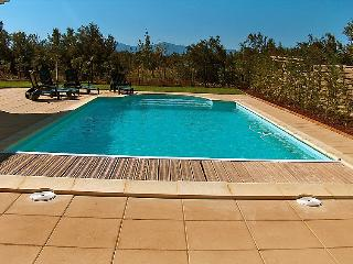 4 bedroom Villa in Canet Plage, Pyrenees Orientales, France : ref 2008216 - Canet-en-Roussillon vacation rentals