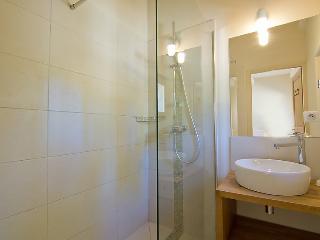 6 bedroom Villa in Grambois, Provence, France : ref 2008237 - La Bastide-des-Jourdans vacation rentals