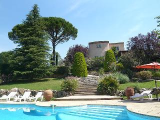 5 bedroom Villa in Les Arcs sur Argens, Provence, France : ref 2008310 - Les Arcs sur Argens vacation rentals