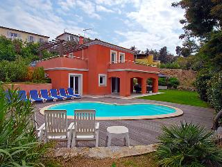4 bedroom Villa in Cannes, Cote d'Azur, France : ref 2008328 - La Bocca vacation rentals