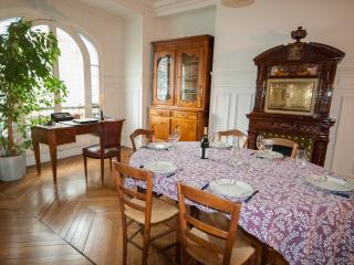 Splendid flat in Paris Center - Paris vacation rentals