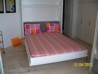 Beautiful 2 bedroom Apartment in Ano Mera - Ano Mera vacation rentals