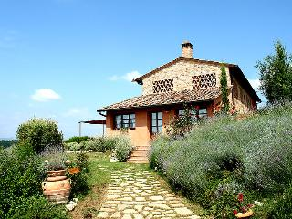 3 bedroom Villa in Certaldo, Chianti Classico, Italy : ref 2008478 - San Donnino vacation rentals