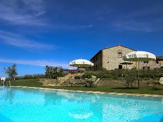 Charming 2 bedroom Farmhouse Barn in Castelnuovo Berardenga - Castelnuovo Berardenga vacation rentals