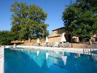 5 bedroom Villa in Monte San Savino, Chianti, Italy : ref 2008635 - Torricella di Monte San Savino vacation rentals