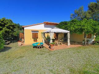 3 bedroom Villa in Roccastrada, Maremma Volterra, Italy : ref 2008675 - Montemassi vacation rentals