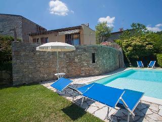 2 bedroom Villa in Lucolena in Chianti, Chianti Classico, Italy : ref 2008676 - Lucolena in Chianti vacation rentals