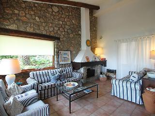 5 bedroom Villa in Ansedonia, Costa Etrusca, Italy : ref 2008684 - Ansedonia vacation rentals