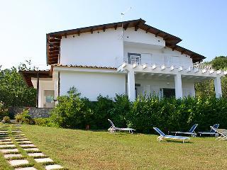 4 bedroom Villa in Massa Lubrense, Sorrento, Naples & Sorrentino Peninsula - Sant'Agata sui Due Golfi vacation rentals