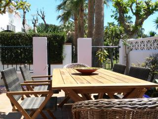 Modern spacious house, decorated to high standard - Conil de la Frontera vacation rentals
