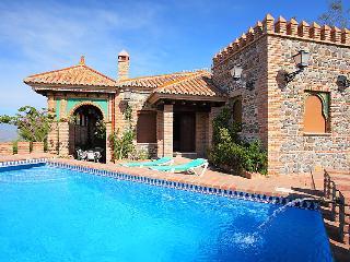 3 bedroom Villa in Velez Malaga, Costa del Sol, Spain : ref 2009799 - Arenas vacation rentals