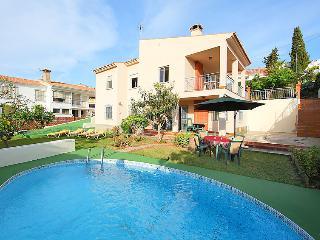 5 bedroom Villa in Benajarafe, Costa del Sol, Spain : ref 2009814 - Benajarafe vacation rentals