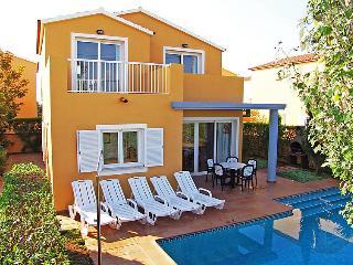 2 bedroom Villa in Ciutadella, Menorca, Menorca : ref 2010086 - Cala Santandria vacation rentals