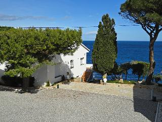 5 bedroom Villa in Llanca, Costa Brava, Spain : ref 2010265 - Llanca vacation rentals