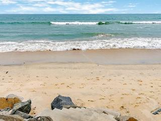 Beachfront Condo on the Sand, 4br's, 2ba's, Designer Decorated & A/C Equipped - Oceanside vacation rentals
