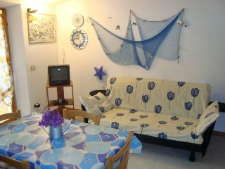 Grazioso appartamento Monolocale vista mare - Marciana Marina vacation rentals