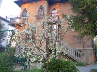 Villa Elisabetta B&B - Romantic Room - Lido di Venezia vacation rentals