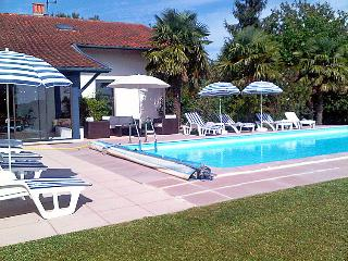 6 bedroom Villa in Villefranque, Basque Country, France : ref 2012030 - Urcuit vacation rentals