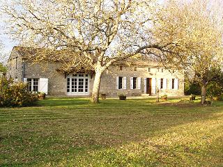 6 bedroom Villa in Montcarret, Dordogne Lot&Garonne, France : ref 2012097 - Velines vacation rentals