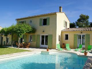 4 bedroom Villa in L'isle sur la Sorgue, Provence, France : ref 2012431 - Lagnes vacation rentals