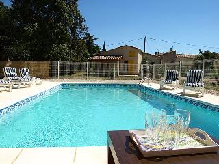 3 bedroom Villa in Bedoin, Provence, France : ref 2012449 - Vaucluse vacation rentals