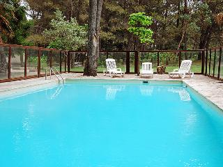 5 bedroom Villa in Noves, Provence, France : ref 2012512 - Noves vacation rentals