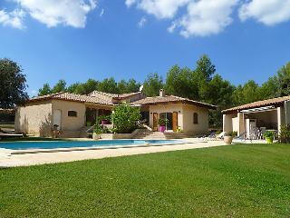 3 bedroom Villa in La Cadiere d'Azur, Cote d'Azur, France : ref 2012592 - Saint-Cyr-sur-Mer vacation rentals