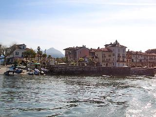 Beautiful 1 bedroom Vacation Rental in Isola Pescatori - Isola Pescatori vacation rentals