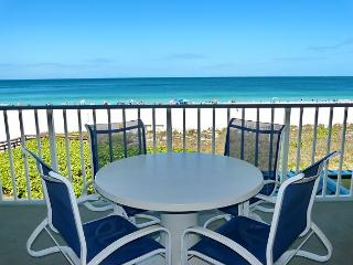 Luxurious beachfront condo w/ spectacular ocean views - Marco Island vacation rentals